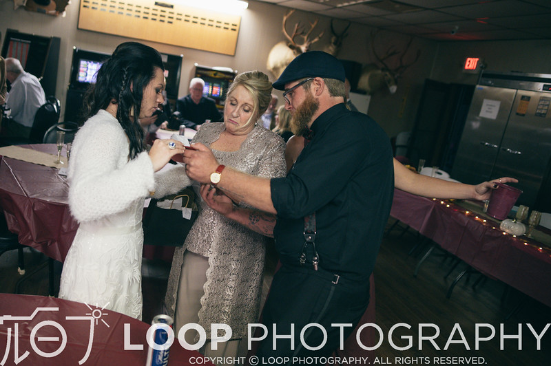 20_LOOP_NeillsWedding_HiRes_431