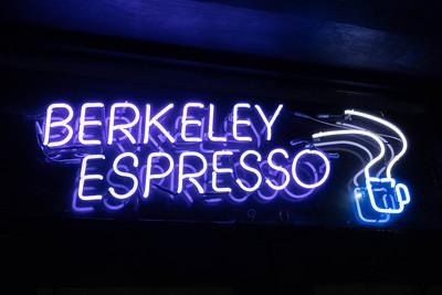 us-ca-berkeley-neon-restaurant-cafe-cafeteria-diner-berkeley-espresso-1900-shattuck-neon-glowing-night-1