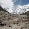 bergtop zonder naam (+/- 6400m)