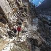 We gaan over de Zatrwala pas (+/- 4600m) naar Lukla. Lange tocht!