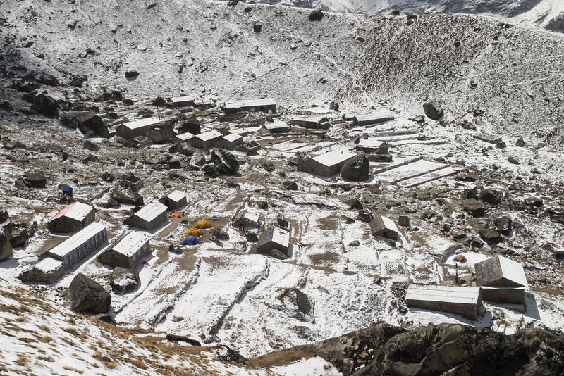 wandeling naar een topje dichtbij (5200m).