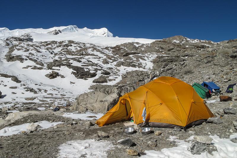 Mera Peak base camp, Mera La 5300m