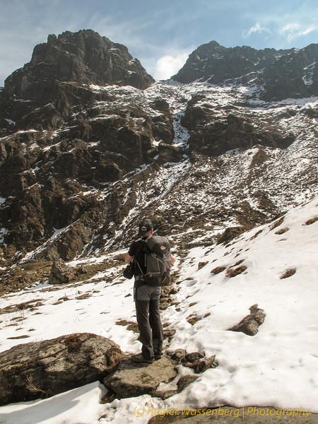 De pas (4450m) in zicht
