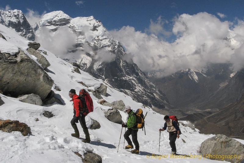 Khare --> Mera Peak base camp (Mera La) 5350m