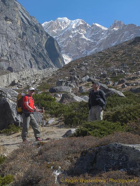 Van Tangnag naar Khare. Top zonder naam (6439m)