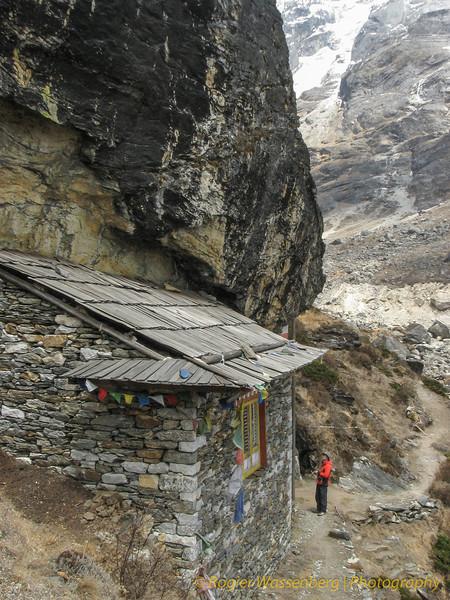 klooster bij Tangnag. Kluizenaar
