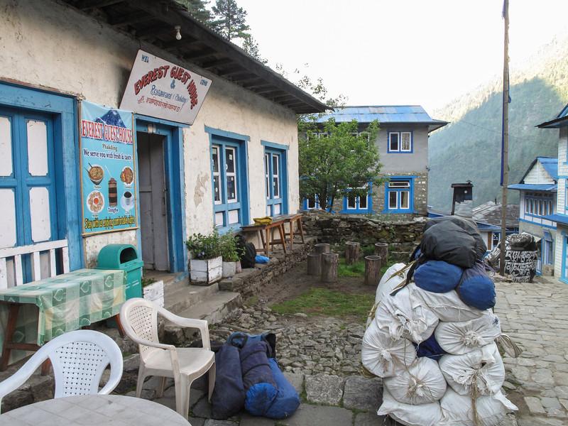Lodge in Phakding<br /> Lodge in Phakding