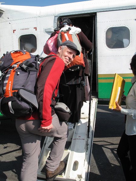 Vlucht naar Lukla (2800m) <br /> Flight to Lukla (2800m) with Twin Otter