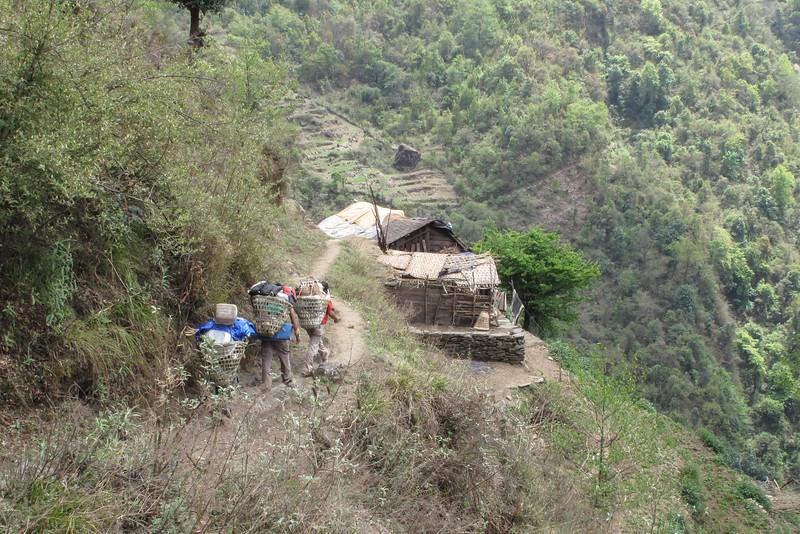 on the way to Pangkongma (2846m)