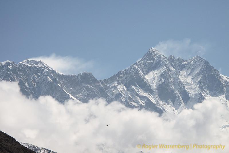 Mt Everest - Lotse, vanuit Pangboche<br /> Mt Everest - Lotse, from Pangboche
