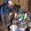 onze kok in zijn keuken
