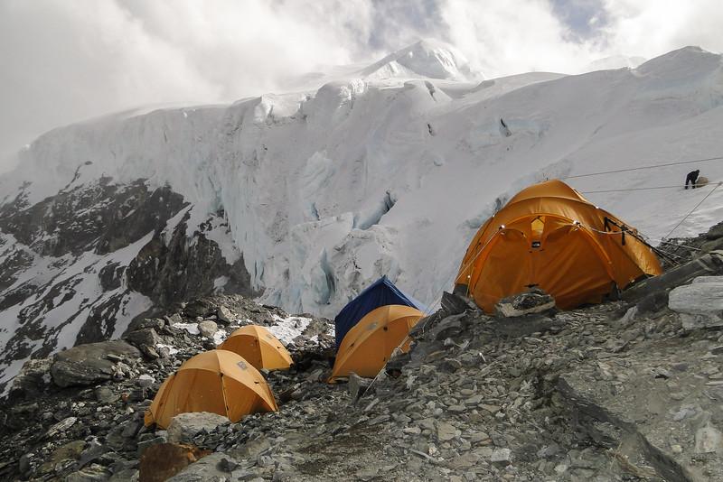 ons kamp (5840m)