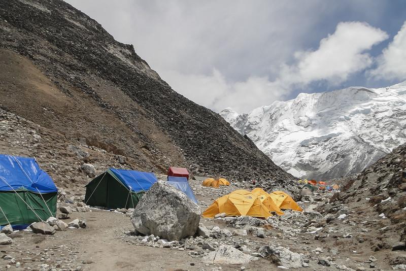 Island Peak basis kamp (4900m)