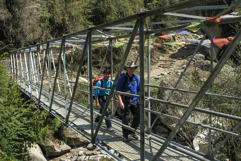 van Lukla 2775m naar Puyan 2725m