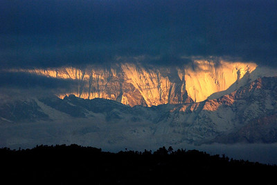 View over Annapurna south winter dawn Pokhara