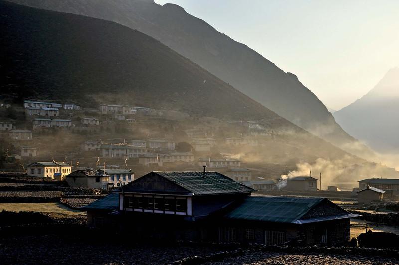 Khumjung village - early morning