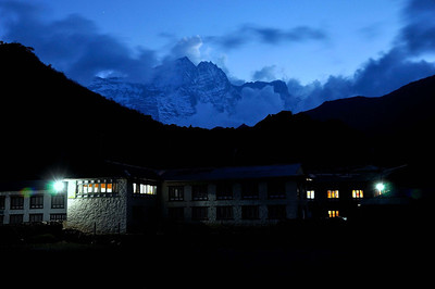 Khumjung at dusk