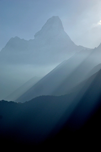 Ama Dablam seen from the trail between Khumjung and Sanasa - early morning