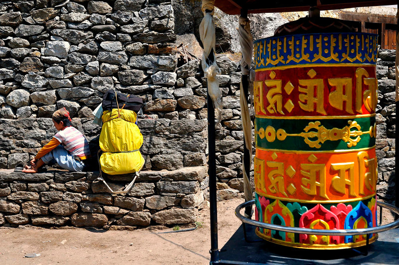 Resting near the large prayer wheel at Benkar