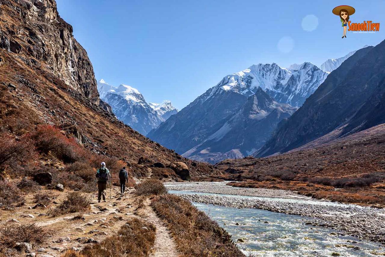 เทรคกิ้งเนปาล  เนปาล  เทรคกิ้ง Langtang Trek trekking Nepal Kyanjin เทรคกิ้ง ลังตัง เทรค เนปาล