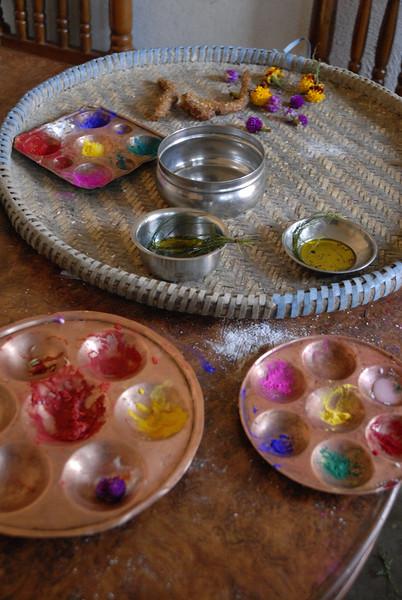 The colored powders used to create the Tikas.