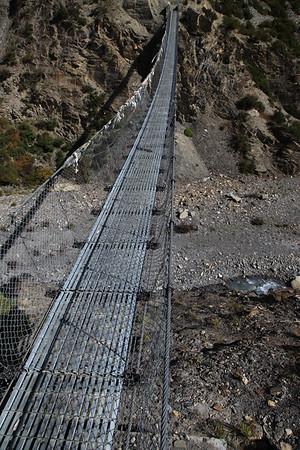 Kolejny mostek