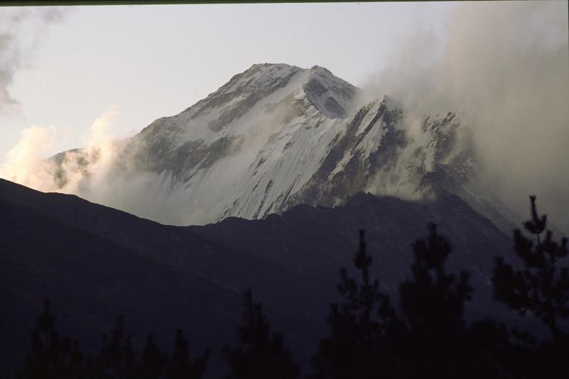Close view of Dhaulagiri I