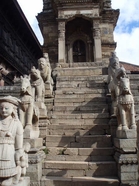 steps to the temple