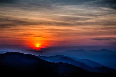 Sunrise from Tansen Misson Hospital, HDR