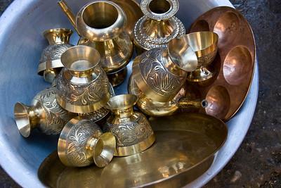 Bwong: utensils