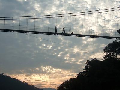 Melissa: suspension bridge