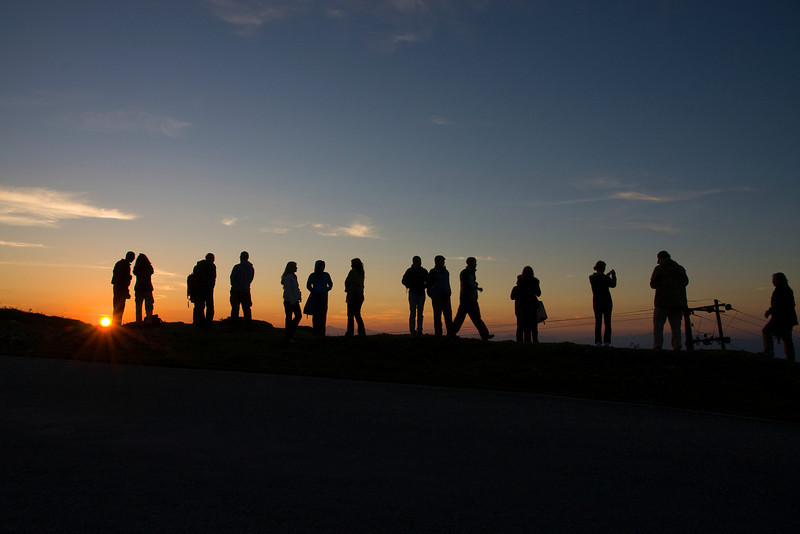 Bwong: the team at sunrise in Hile.