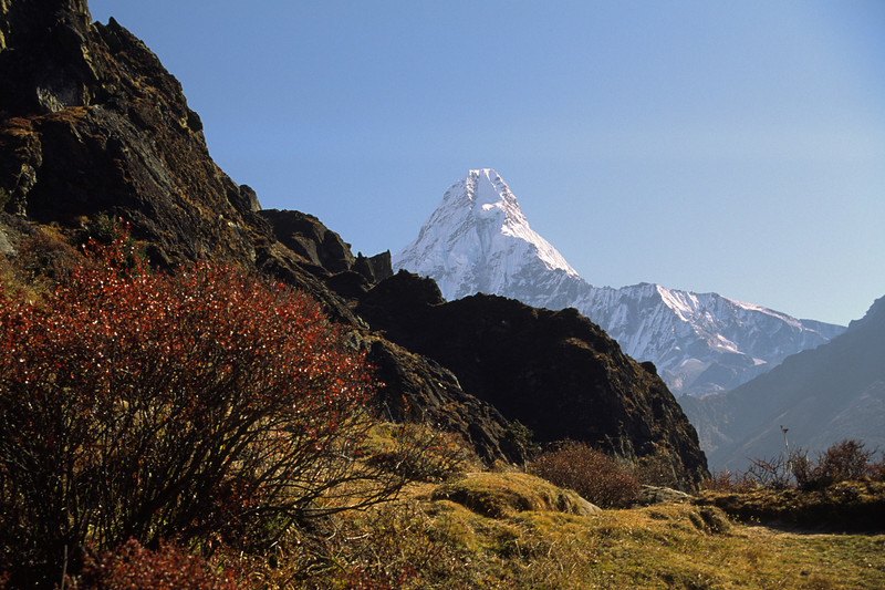 931029, day 21. Phortse-Khumjung<br /> 931030, day 22. Khumjung-Phakding<br /> 931031, day 23. Phakding-Lukla<br /> 931101, day 24. Lukla-Kathmandu, this time by air!