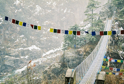 High suspension bridge over the Dudh Kosi