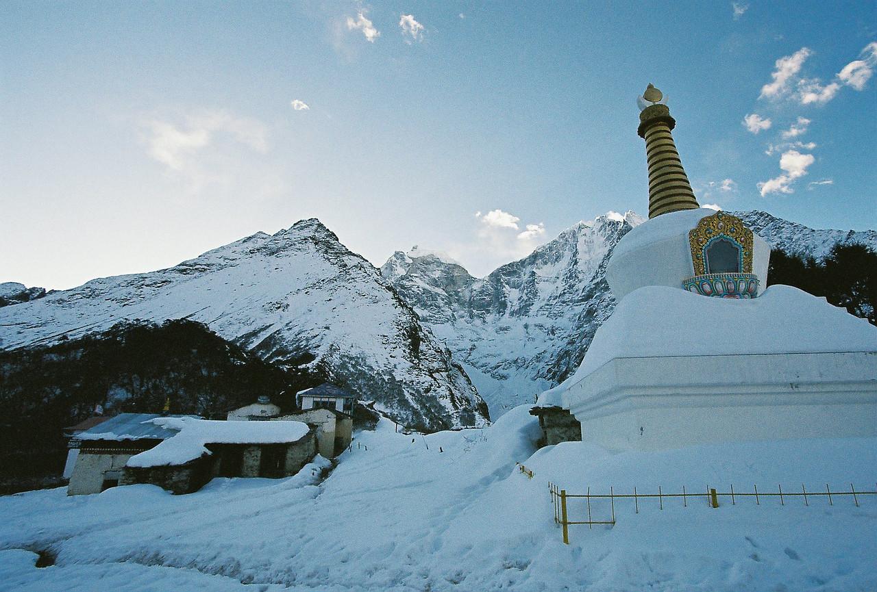 Himalayan View Lodge and stupa, Tengboche
