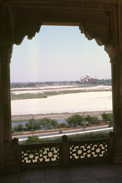 Distant view of Taj Mahal along the Yamuna river
