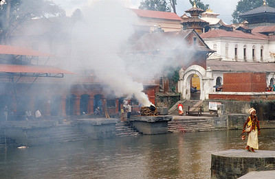 Pashupatinath, cremation ceremony