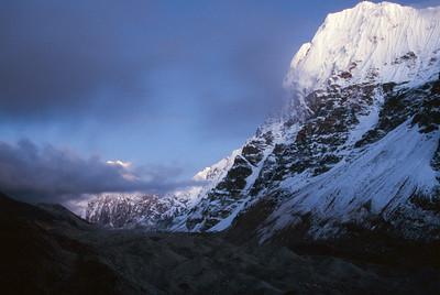Twilight on peaks above Kangchenjunga Glacier at Lhonak