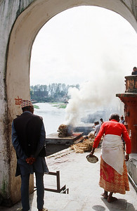 Cremation ceremony at Pashupatinath, Kathmandu