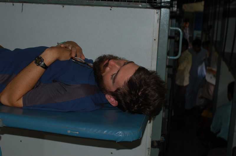 Yann sleeping on the train from Delhi towards the Nepalese border