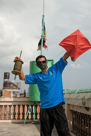 Preparing for rooftop kite battle in Kathmandu, Nepal
