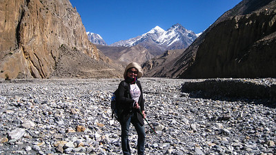 Por on the trail from Muktinath, Nepal