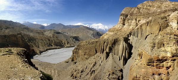 Overlooking the Kali Gandaki gorge from near Chele (Tsele)