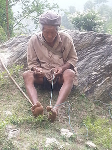 Making rope in Dhankuta