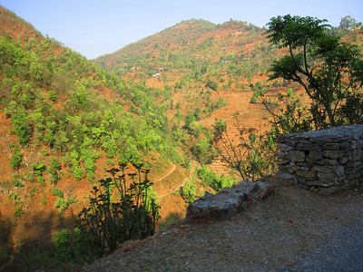 The road between Tansen and Pokhara (np '09)