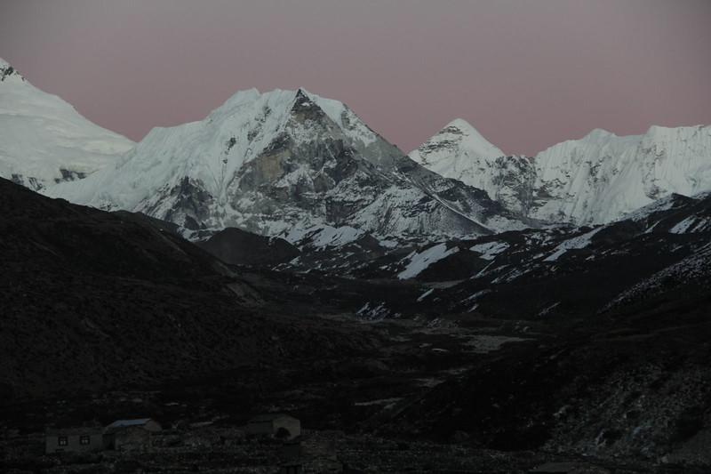 Island Peak around true color Nov.2013
