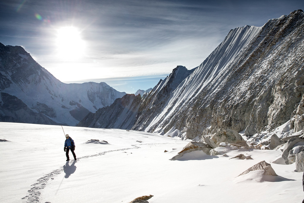 Towards Sherpani Col