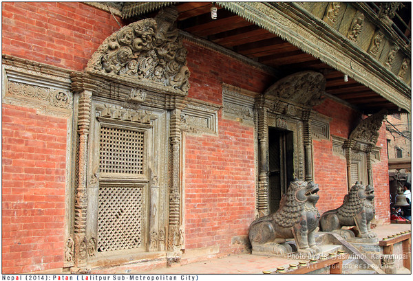 Lions guarding Bhimsen Temple
