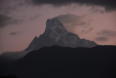 092 - Machapuchare (6997) in sunrise