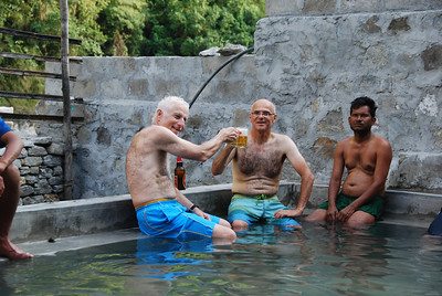 309 - The hot springs in Tatopani